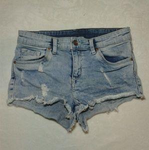 H&M distressed shorts